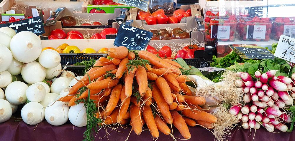 Gemüse in der Markthalle von Dijon