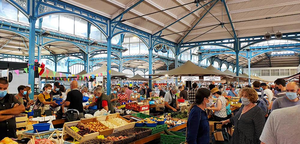 die Markthalle in Dijon - Frankreich