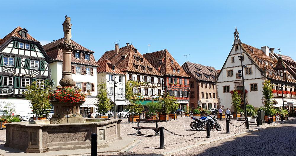 Der Marktplatz in Obernai - Elsass