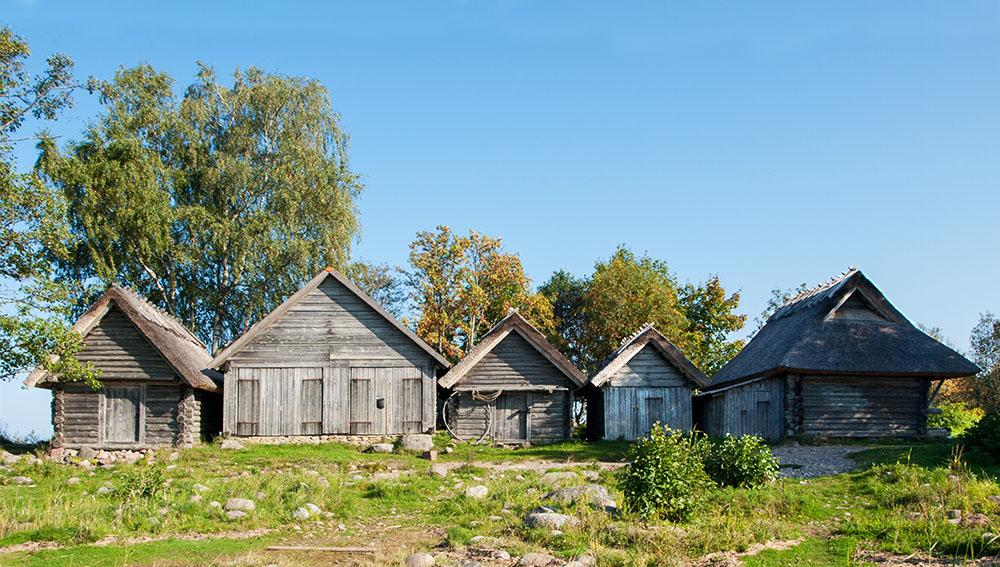 Ausflugsziele Tallinn - die Netzschuppen in Altja