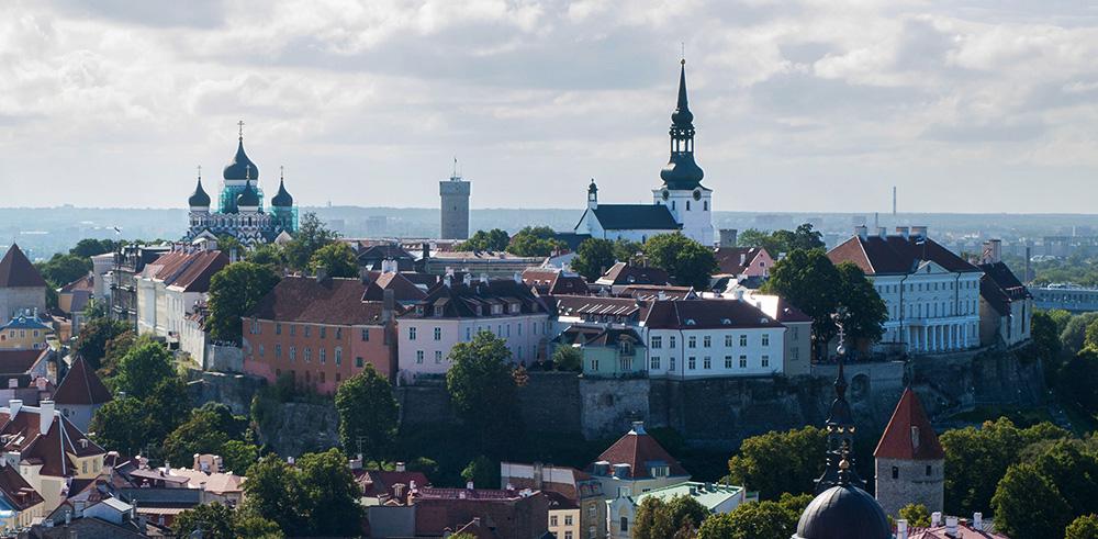 Der Domberg von der Olaikirche - Städtetrip Tallinn