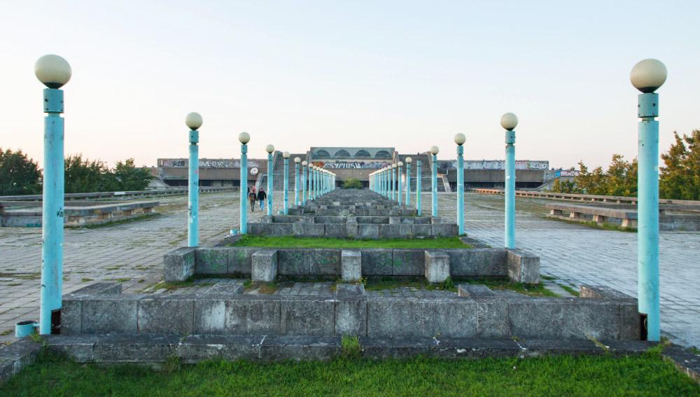 Ansicht Linnahall von der Promenade