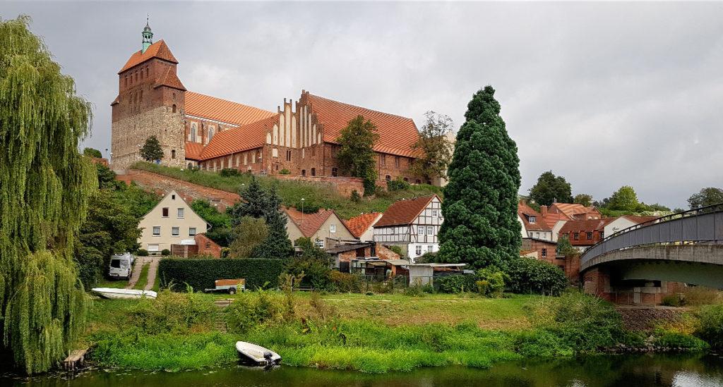 Dom von Havelberg mit Dombrücke