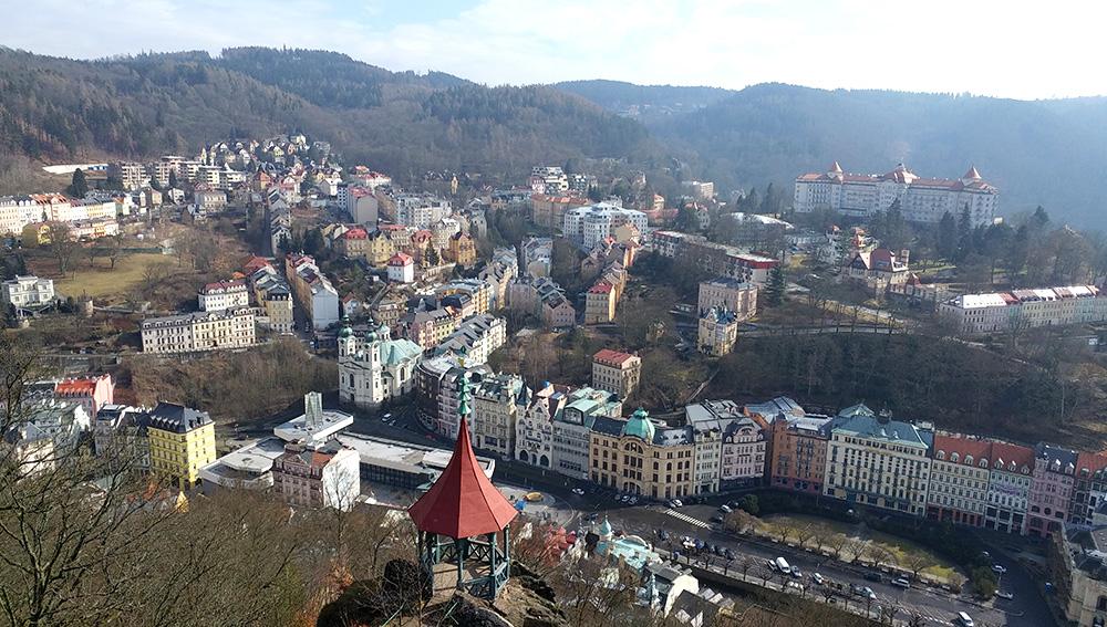 Tschechien - westböhmisches Bäderdreieck - Blick auf Karlsbad