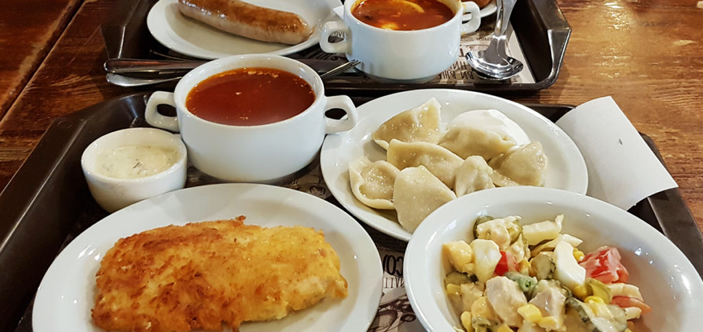 Dinner im Puzata Hata - Kiew