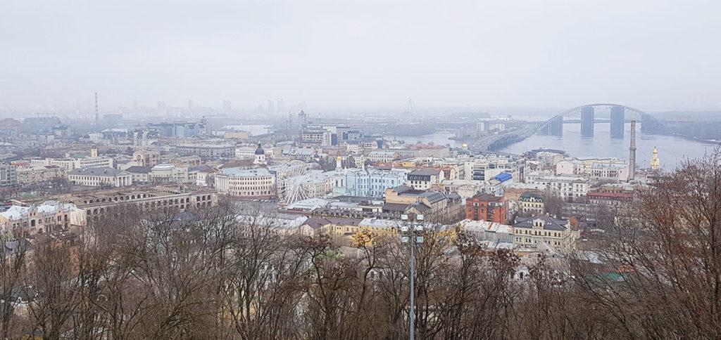 Aussicht von der St.-Andreas-Kirche - Kiew
