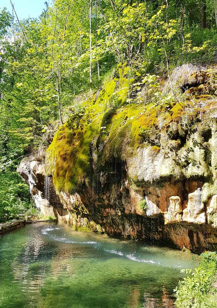 Wandern in Luxemburg - Kallektuffquelle