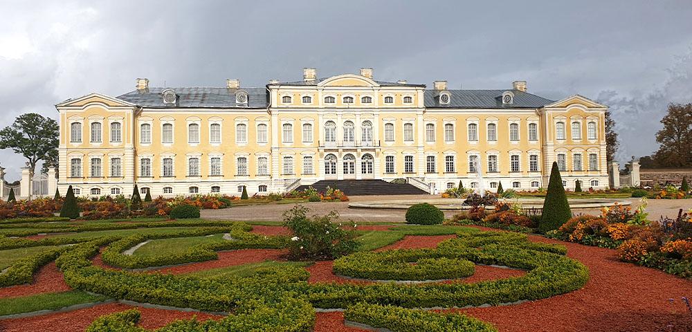 Schloss Rundale - Gartenseite
