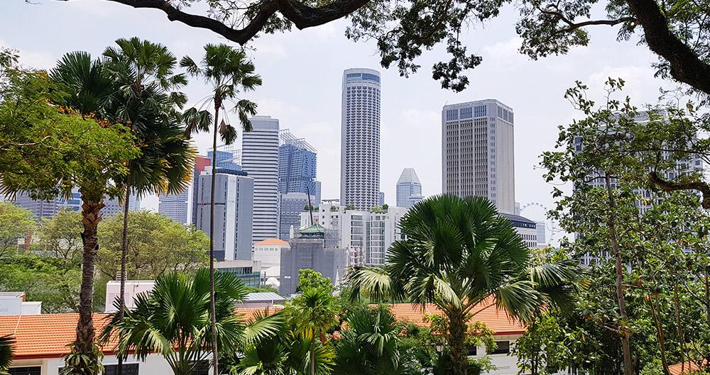 Blick vom Fort Canning Park auf die Skyline Singapur