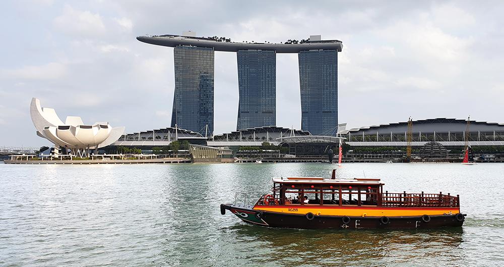 Marina Bay, Luxushotel Marina Bay Sands und ArtScience Museum in Singapur